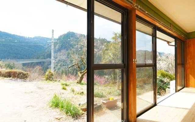 ゲストハウスアプリコット縁側からの景色